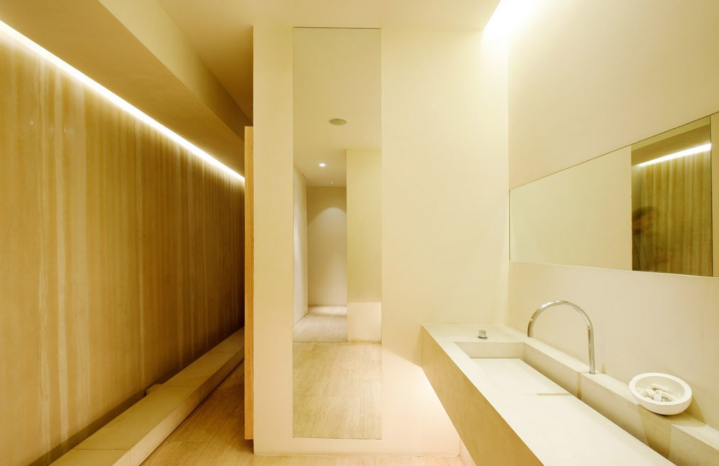 John pawson a f a s i a for Hotel puerta america