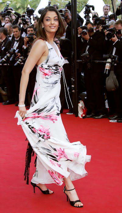aishwarya rai from cannes hot images
