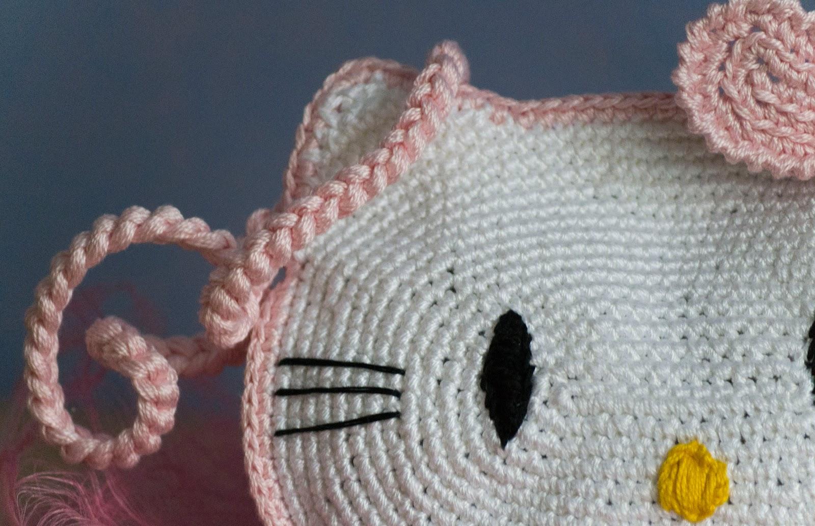 Faccio cose knit vedo gente: Hello Kitty purse