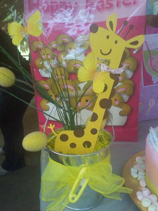the world of crafty qt a giraffe baby shower