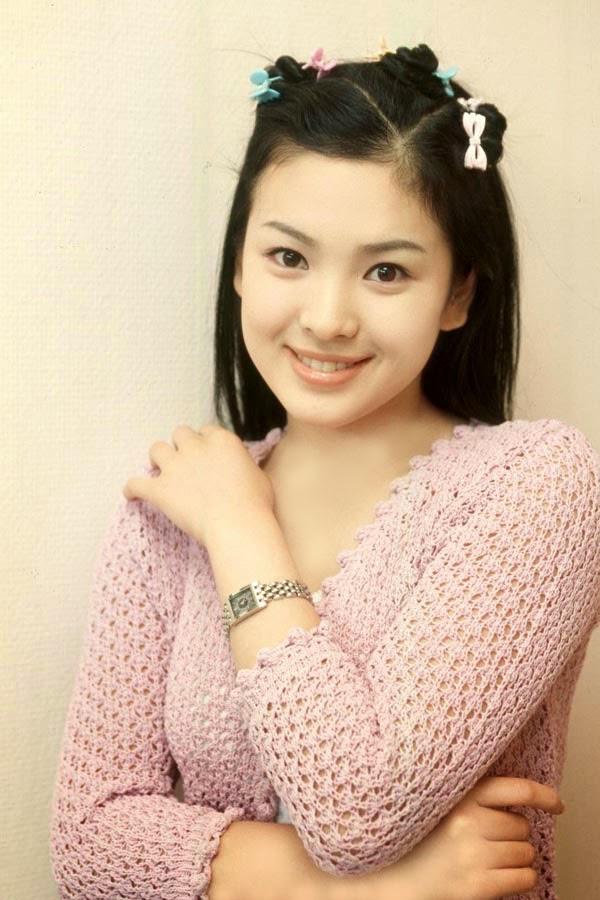 Song Hye-kyo photo 002