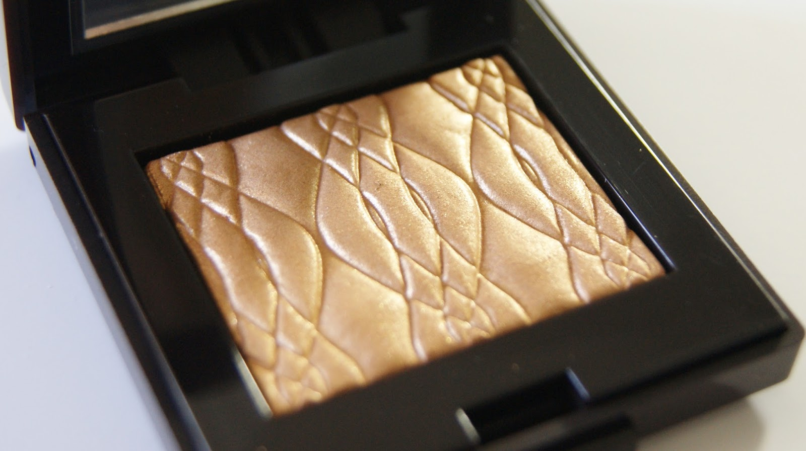 Laura Mercier Illuminating Eye Colour in Sunglow