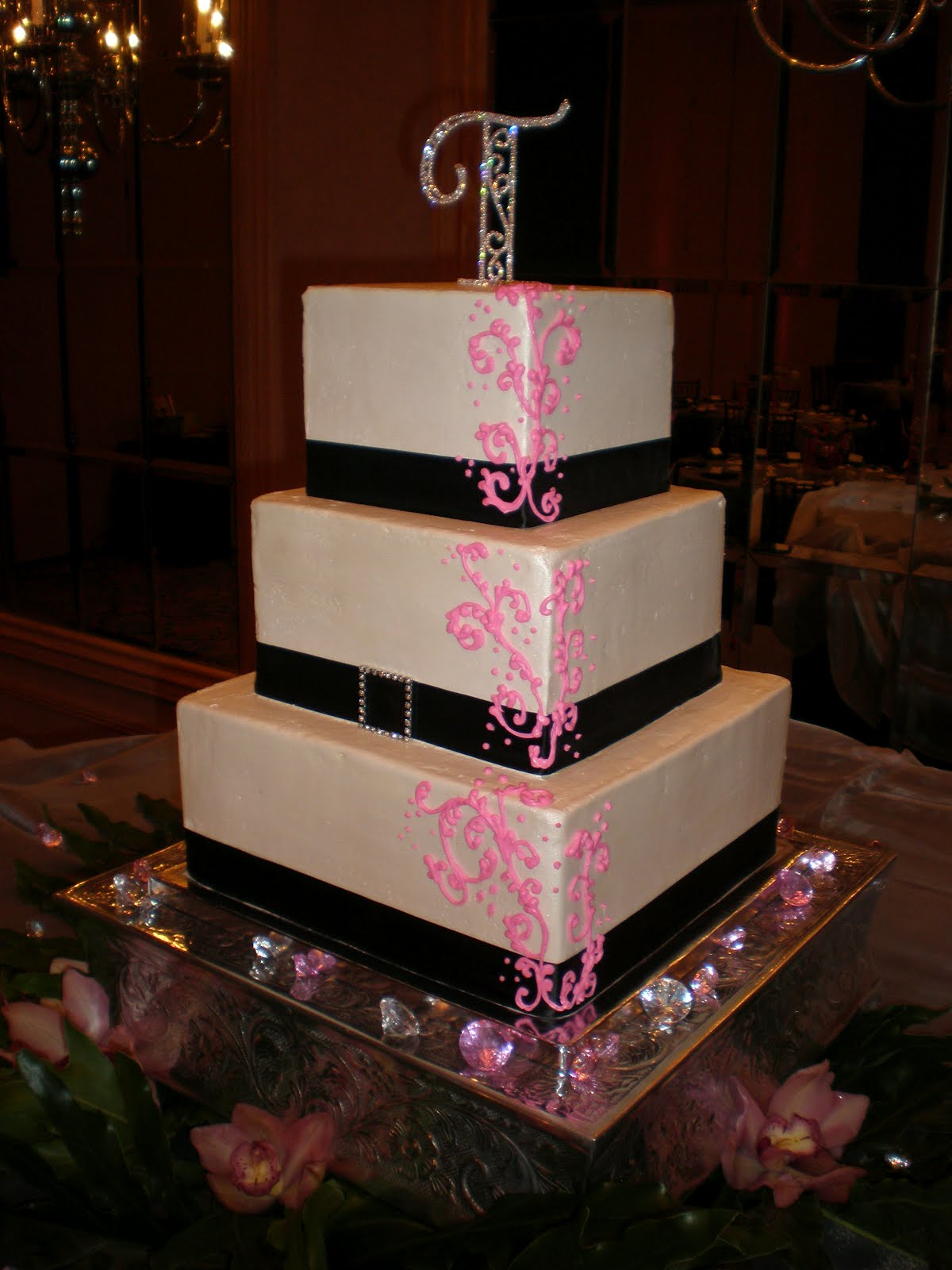 Hot Pink And Black Wedding Cakes Viewing Gallery