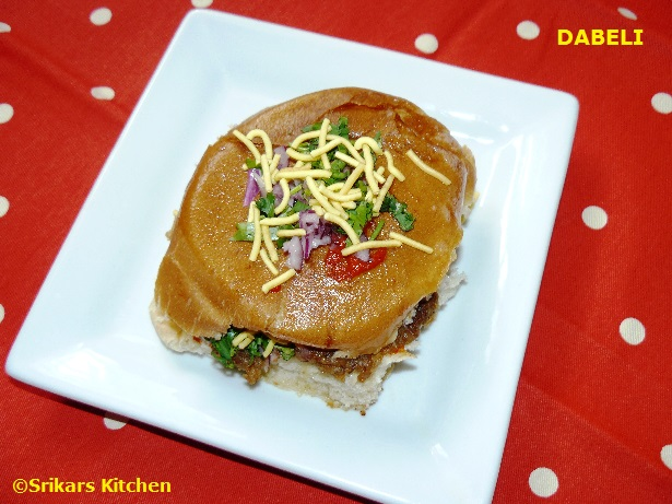 DABELI RECIPE - KATCHI DABELI - DESI BURGER - MUMBAI STREET FOOD RECIPE