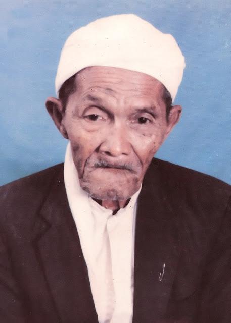 Meneladani Sang Kiai Istiqamah 'KH Shodiq Damanhuri' Blitar