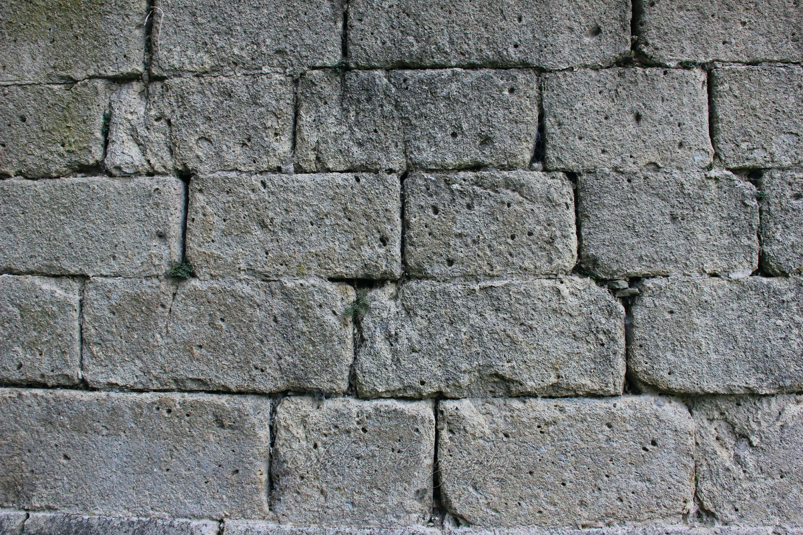 Starověké zdivo/The Medieval Brickwall