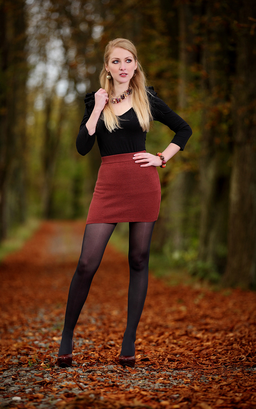 New Women In Very Short Skirts French Fashion For 20 Year Olds Stockings