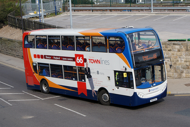 Picture of number 66 Stagecoach bus running up Eldon Street towards the bus station turning.