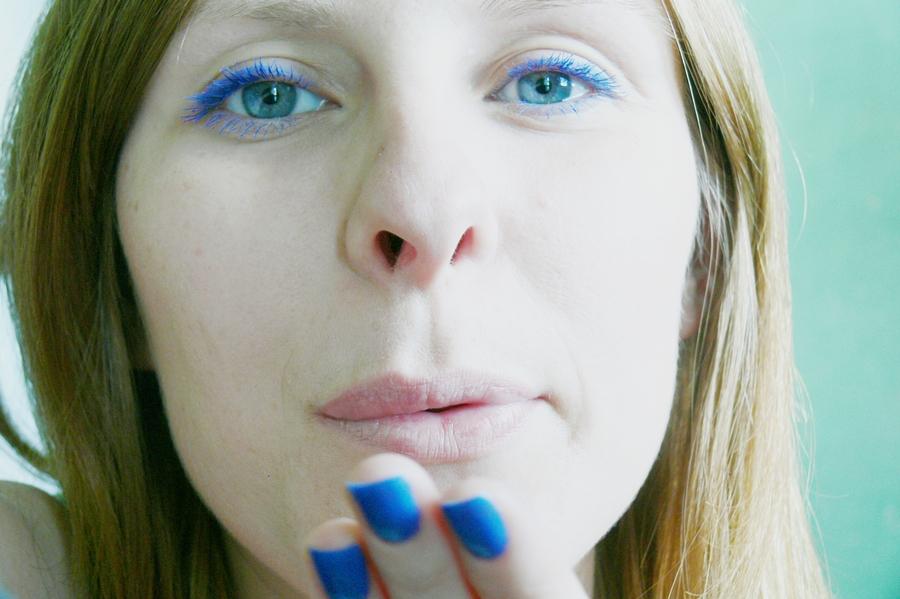 Avon niebieskie kosmetyki