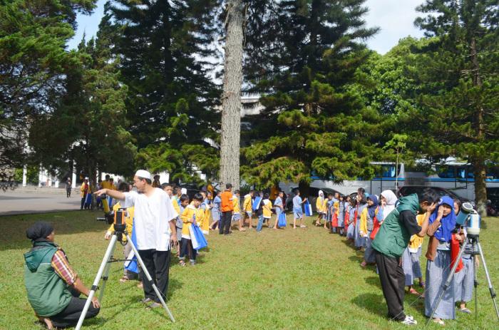 Bersaman Siswa SD Negri Sukasari Jakarta