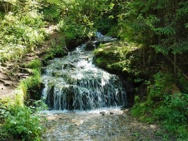 Водопад Гремучий Ручей