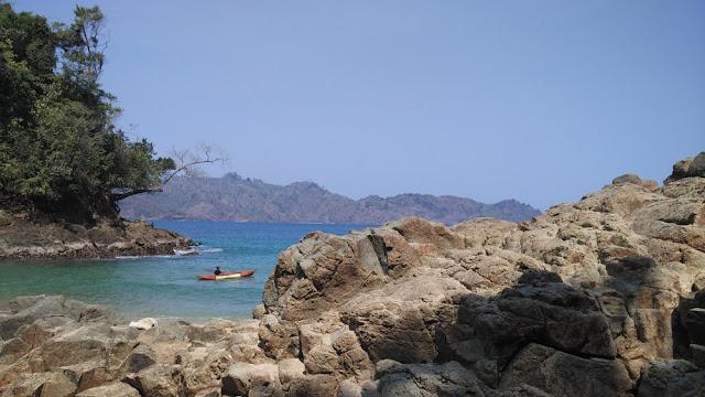 Pantai Bolu-bolu Malang