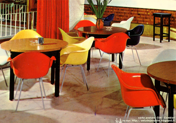 "Fauteuils ""DAX""  Designer: Charles & Ray Eames - Editeur: Herman Miller"