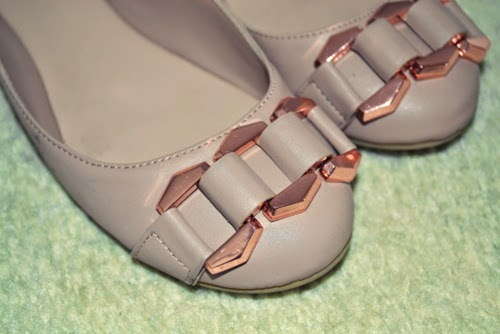 rose-gold-detail-ballet-pumps-flats