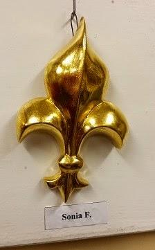 giglio scolpito su cirmolo e dorato con foglia d'oro vero