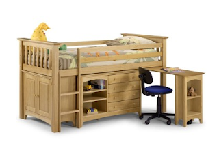 http://www.tjhughes.co.uk/beds/childrens/cabin-beds/arizona-sleep-station