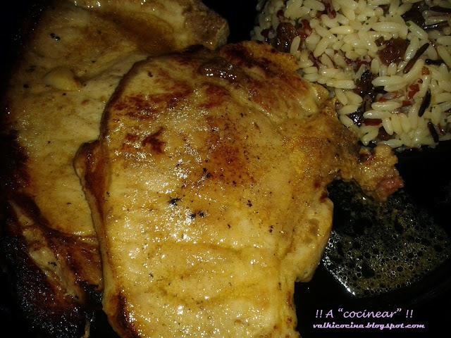 Chuletas de cerdo marinadas con mostaza y miel