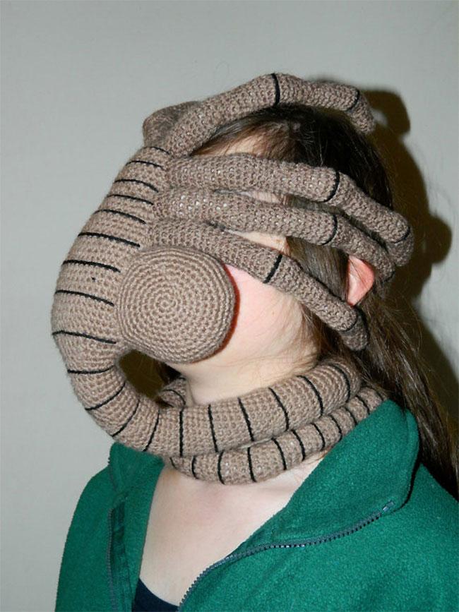 Facehugger mask galleryhip com the hippest galleries