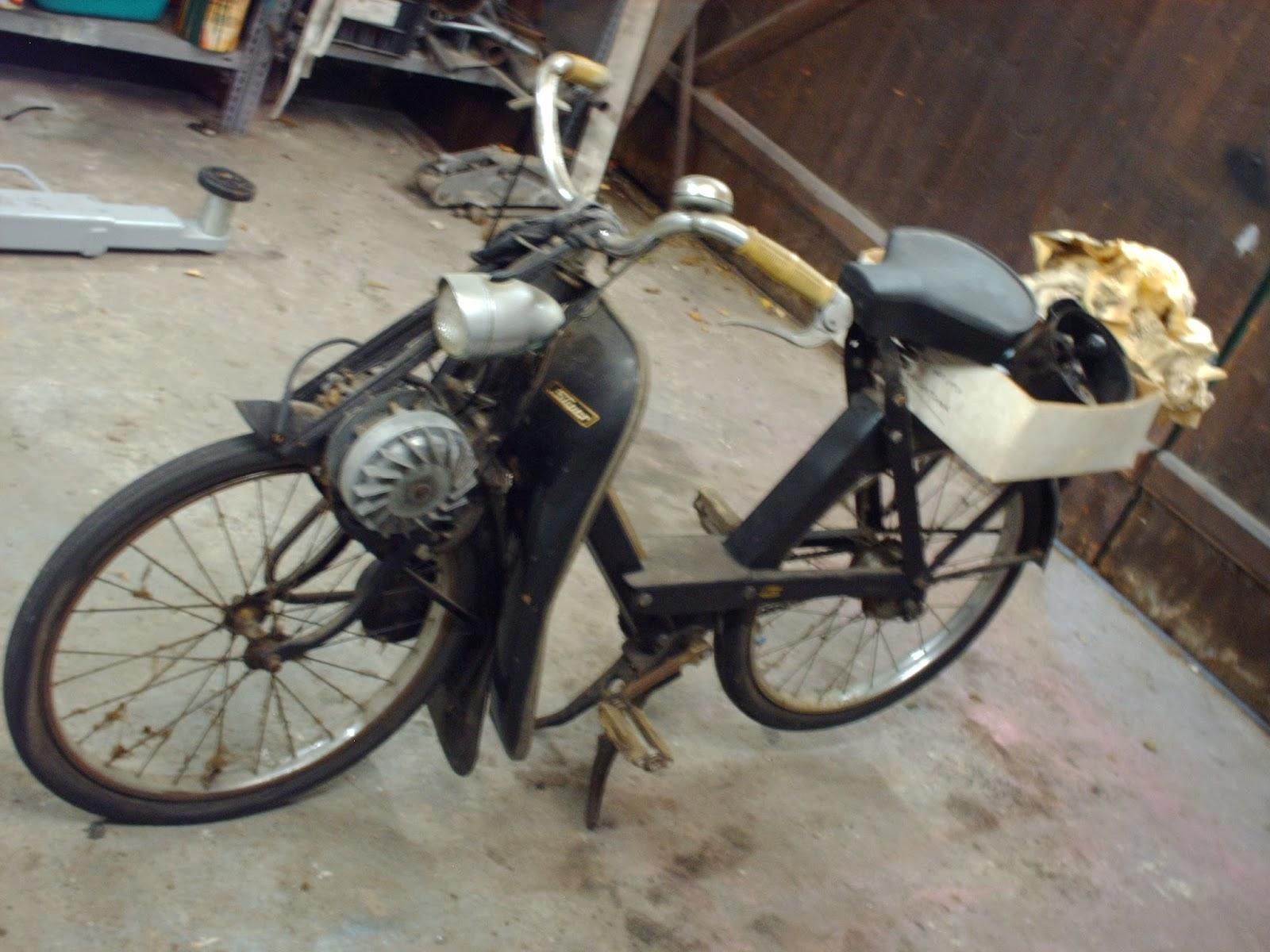 mopedmuffel velo solex fahrrad mit hilfsmotor ein. Black Bedroom Furniture Sets. Home Design Ideas
