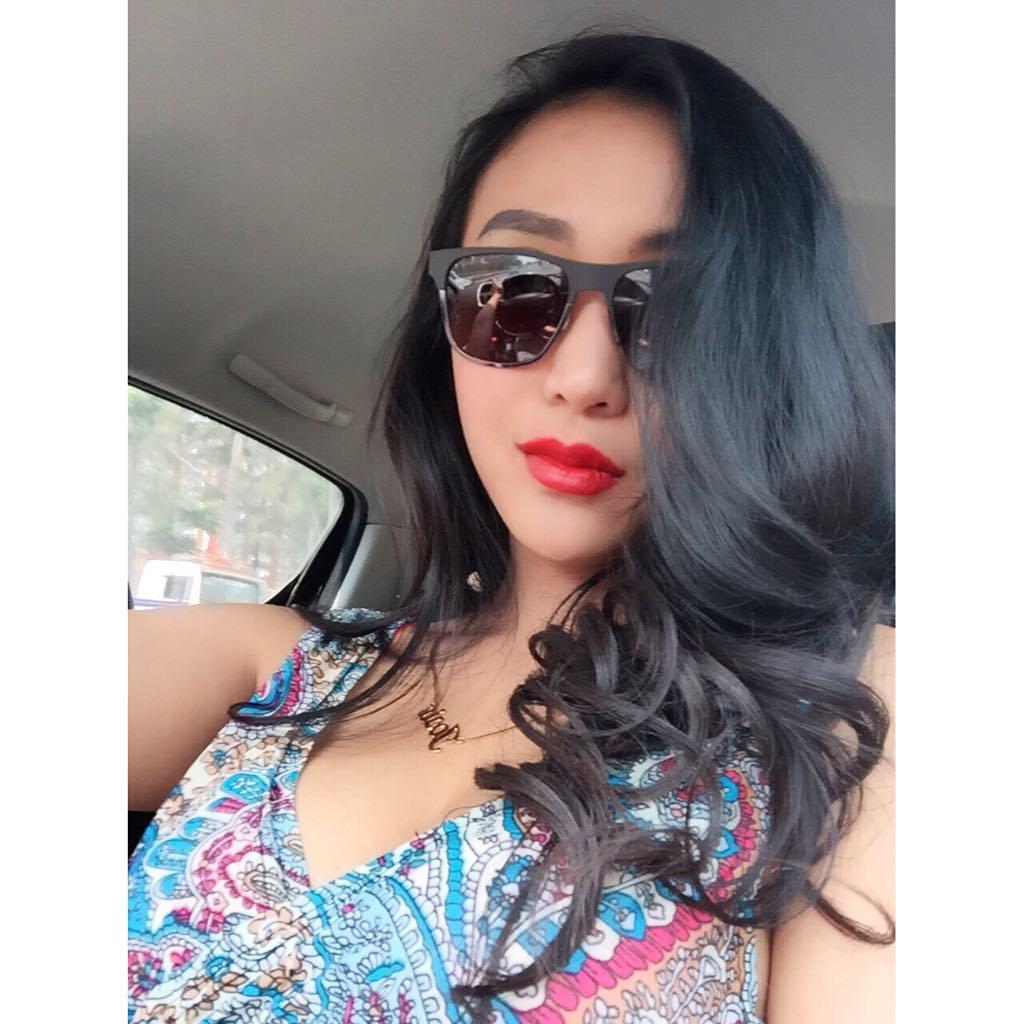 josie putri super model hot indonesia   zona artis lagi