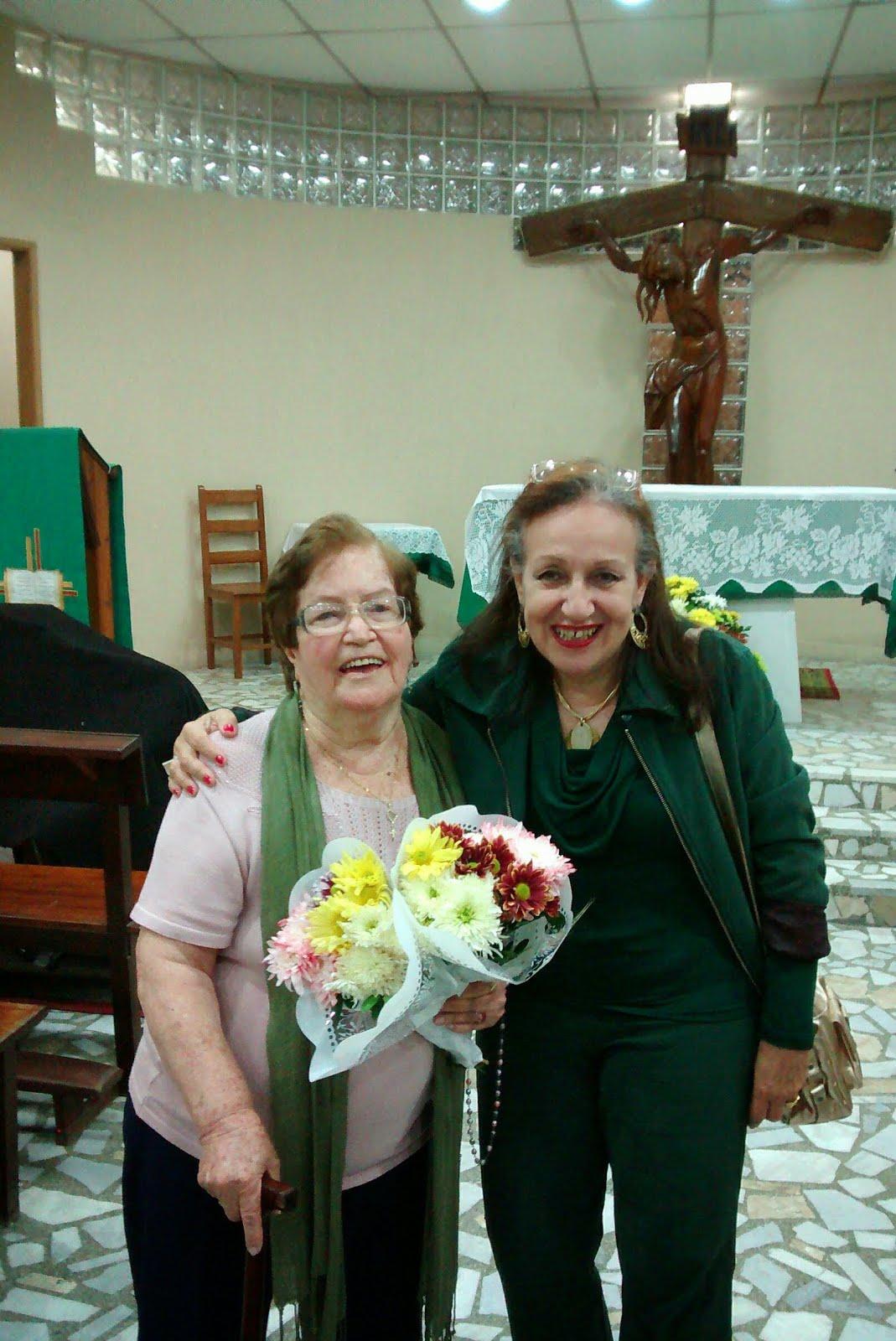 Com dona Carmen portuguesa