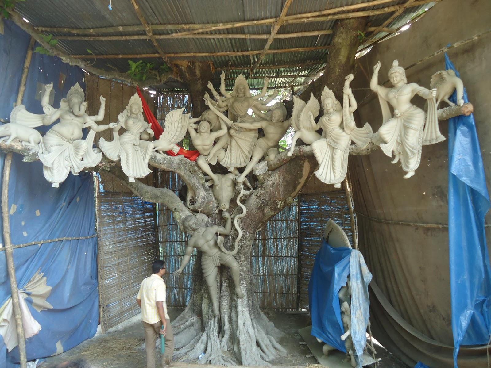 http://2.bp.blogspot.com/-z9ZQW-2oTmA/UHl6Bo9UFgI/AAAAAAAAFJ0/CSOQ7KxXScc/s1600/Durga-chittagong.jpg