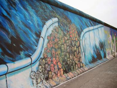 Muro de Berlín,  Berlin, Alemania, round the world, La vuelta al mundo de Asun y Ricardo, mundoporlibre.com