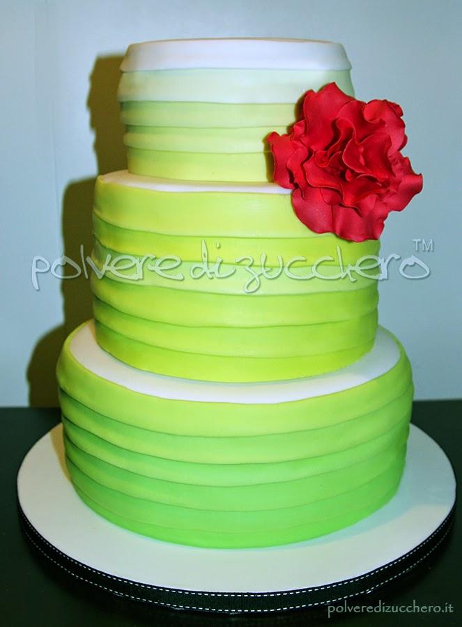 Cake Design Prato : Wedding cake sfumata in pasta di zucchero per un ...