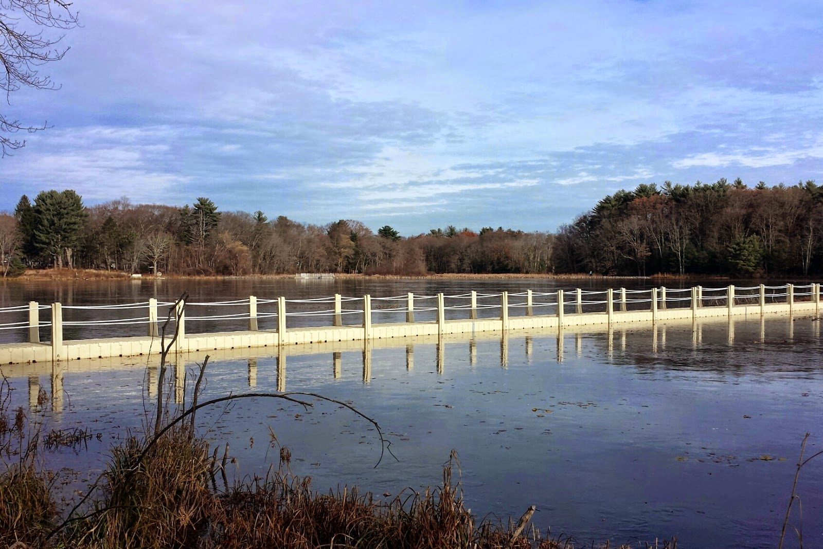the new floating bridge was pretty solid in the ice on Saturday