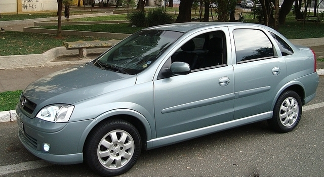 Chevrolet Corsa Sedan 2003 - lateral