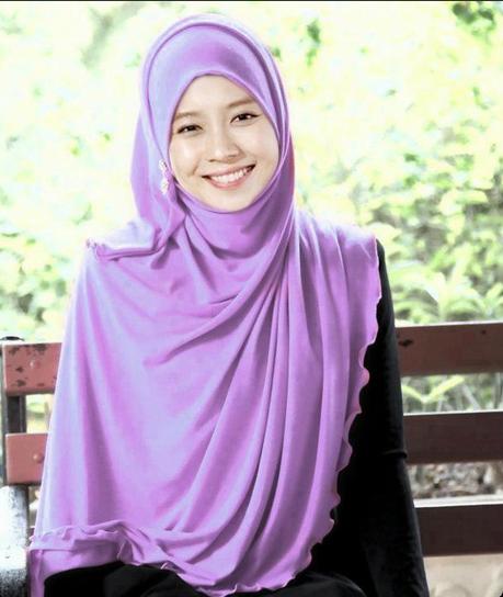 Hijab Styles Hijab Pictures Abaya Hijab Store Fashion Tutorials Song Ji Hyo Wears Hijab