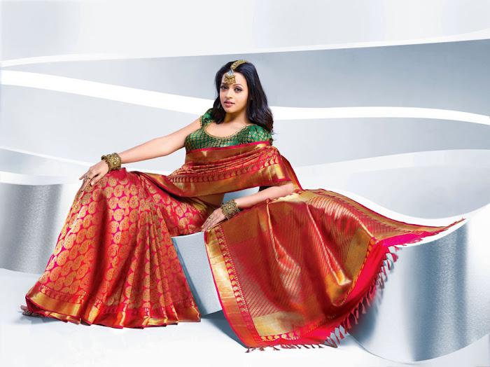 bhavana nwe saree , bhavana