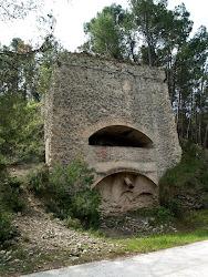 El forn de ciment del Camí del Cementiri