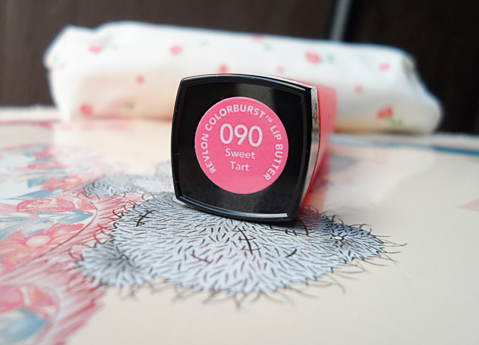 revlon cosmetics review pink bright lipstick swacthes
