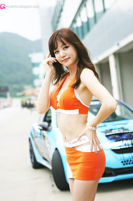 2 Hong Ji Yeon at CJ SuperRace R4 2012-Very cute asian girl - girlcute4u.blogspot.com