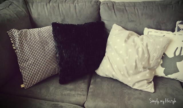 poszewka poduszka czarno białe gwiazdki