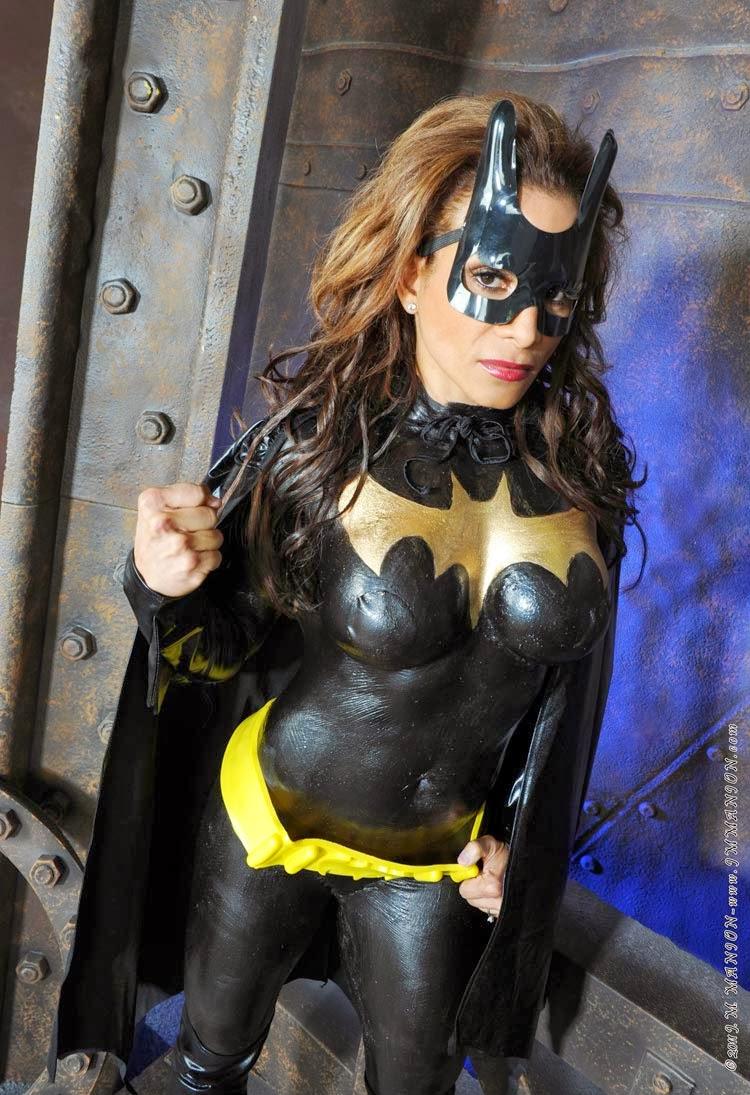 Bodypainting - Batgirl - Adela Garcia Penalo