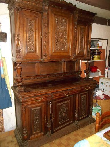 maigrir avec la m thode montignac phase 1 r nover un vieux buffet style henry ii. Black Bedroom Furniture Sets. Home Design Ideas