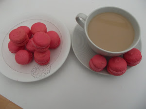 strawberry blush macaroons i made today !!!
