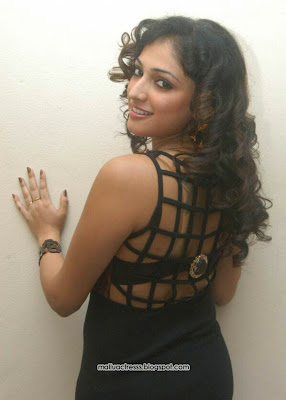 Sexy Sweet Hari Priya at Pilla Zamindar audio launch stills Latest