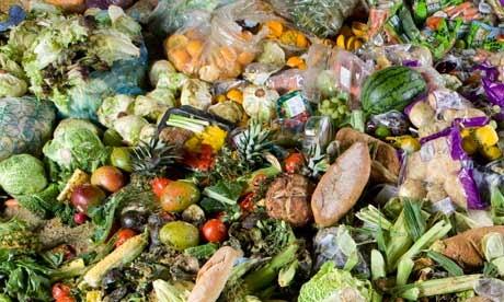 Rakyat Malaysia Bazir 800000 Kilogram Makanan Sehari