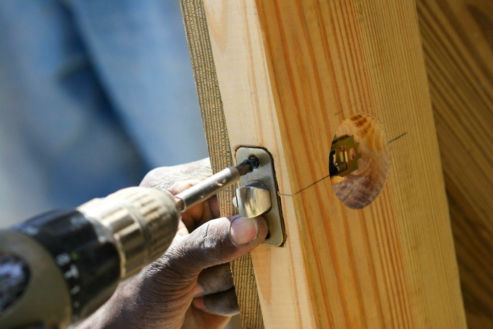 home and decoration tips how to install and repair door locks