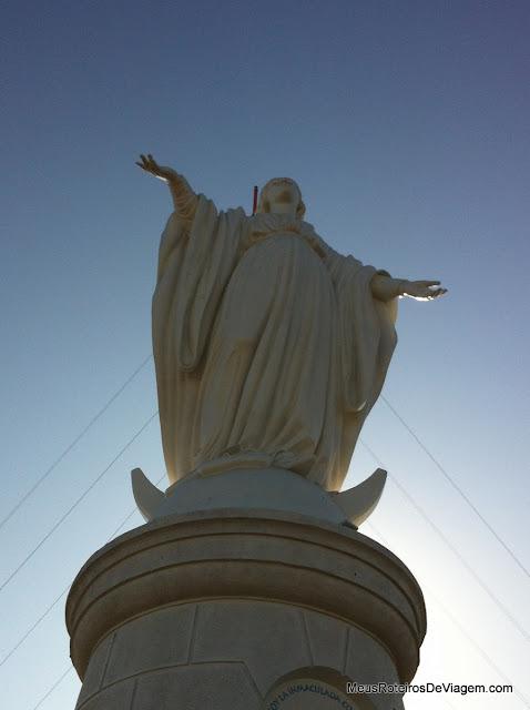 Virgem Imaculada da Conceição no Cerro San Cristóbal - Santiago, ChileFunicular do Cerro San Cristóbal - Santiago, Chile