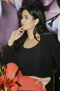 Actress Katrina Kaif Pictures in Jeans at Dhoom 3 Promotion  0039