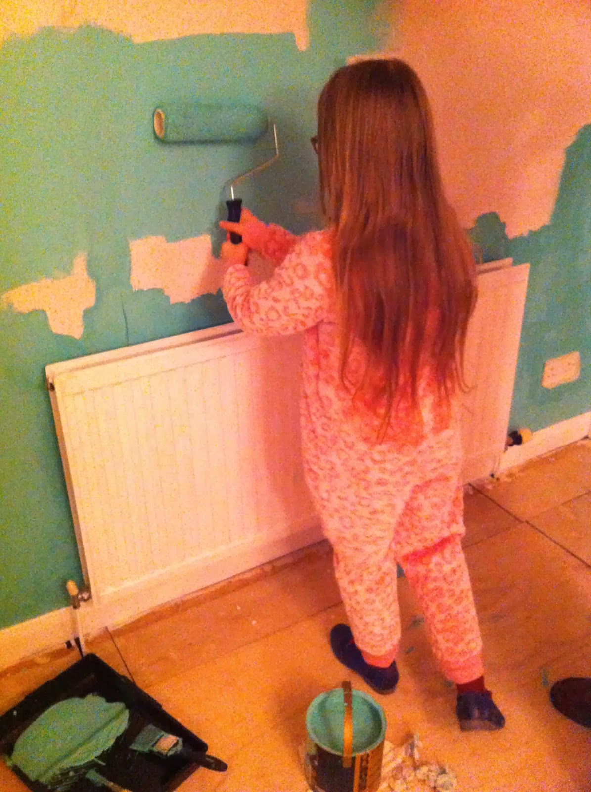 Daughter-painting-new-house