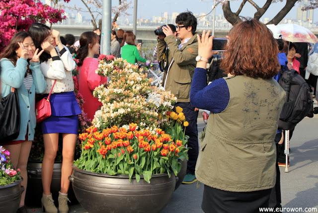 Chicas coreanas posando cute