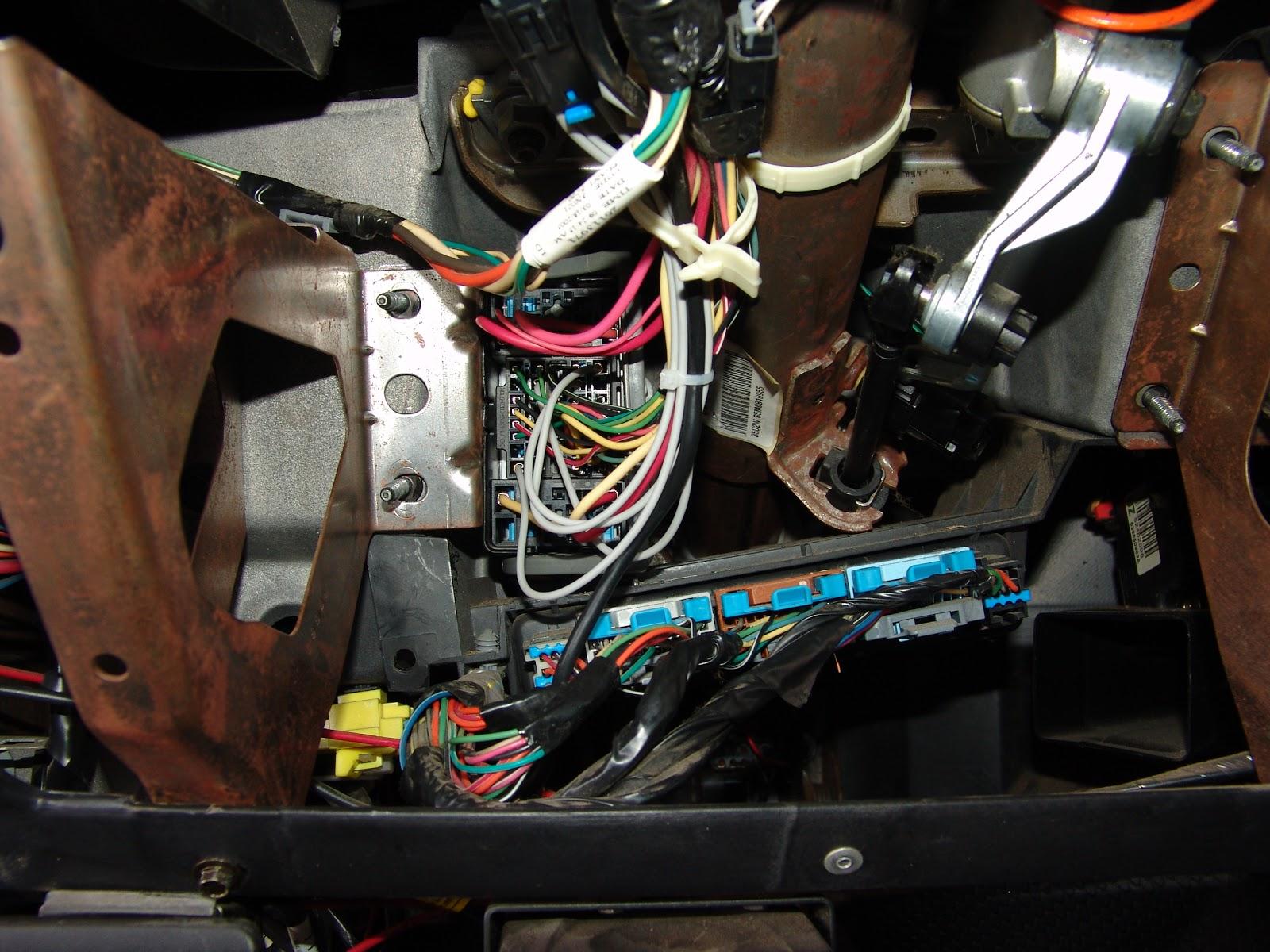 1988 ford ranger fuel pump relay location