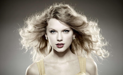 Taylor Swift Teen Singer Wallpapers Smile