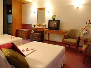 Wangtai Hotel, Surat Thani guest room