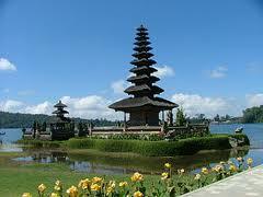 Bali lebih dikenal dunia dibanding Indonesa